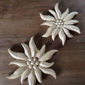 Holzreliefs / Edelweiss